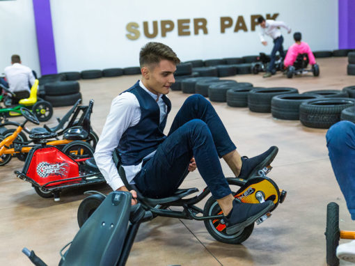 pista-macchine-a-pedali-superpark